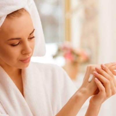 5 Tips for a Healthy Skin while Stuck at Home
